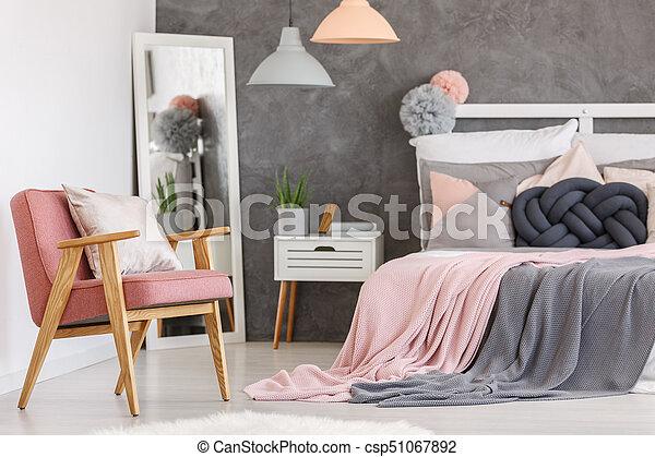 Roze stoel meiden slaapkamer roze plant slaapkamer meiden