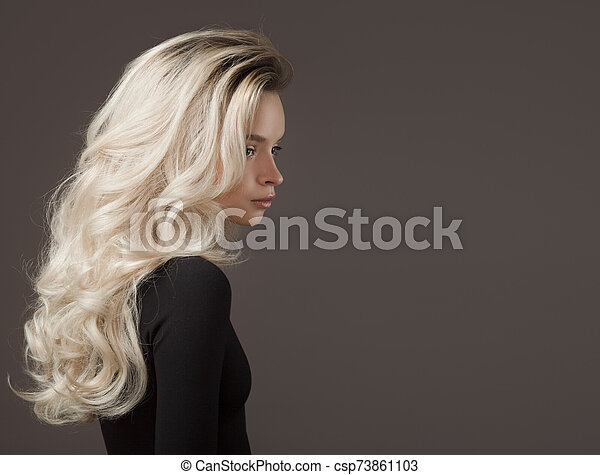 rubio, magnífico, hermoso, joven, hair., woman. - csp73861103