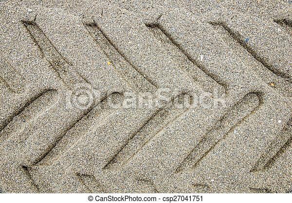 Huellas de ruedas - csp27041751