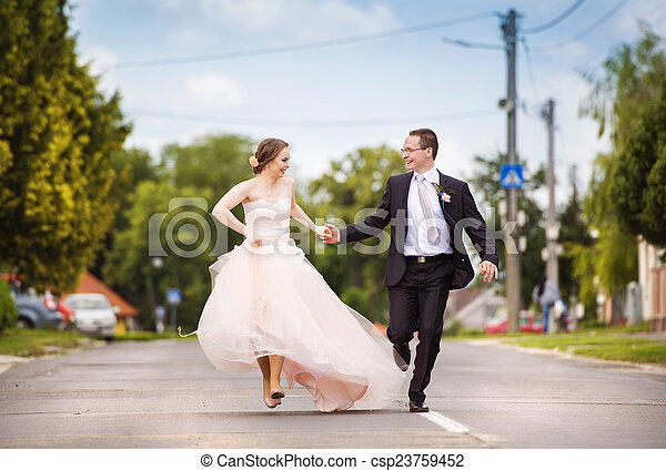 Cool Running Couple Download Free Architecture Designs Scobabritishbridgeorg