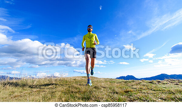 Running in the mountains - csp85958117