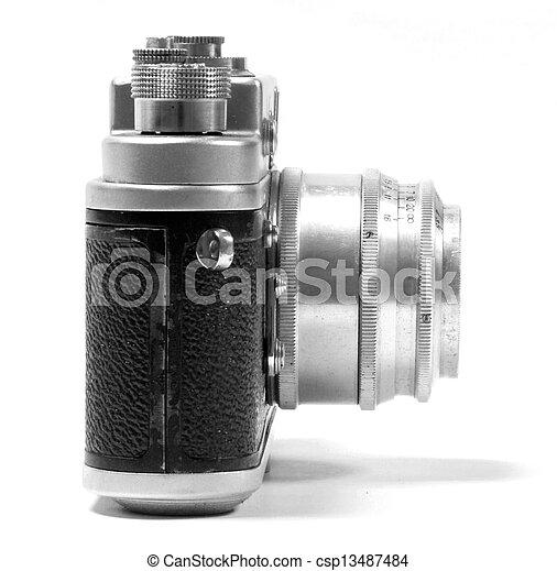 Vieja cámara fotográfica rusa analog - csp13487484