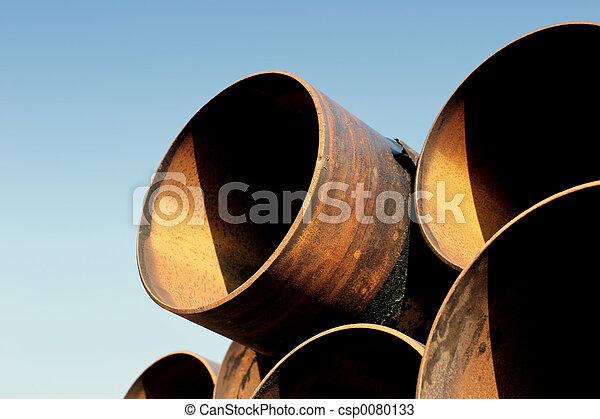 rusting steel pipes - csp0080133