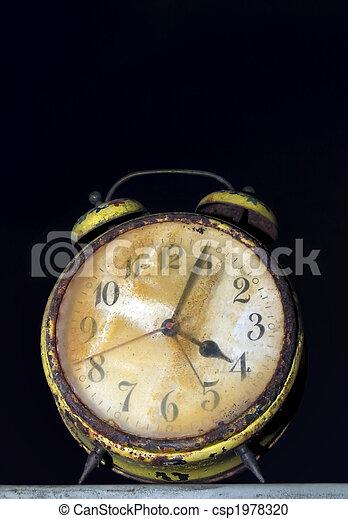 Rusty clock - csp1978320