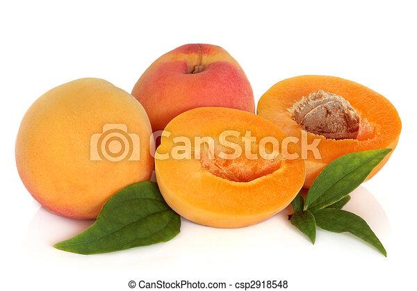 sárgabarack, gyümölcs - csp2918548