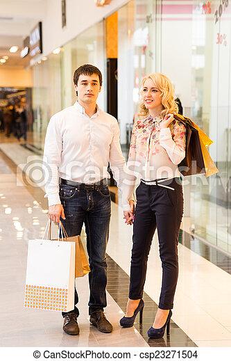 säcke, paar, shoppen, junger, glücklich - csp23271504