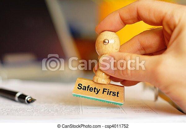 säkerhet först - csp4011752