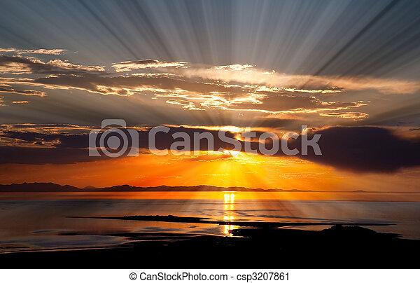sól, wielki, zachód słońca, jezioro, barwny - csp3207861