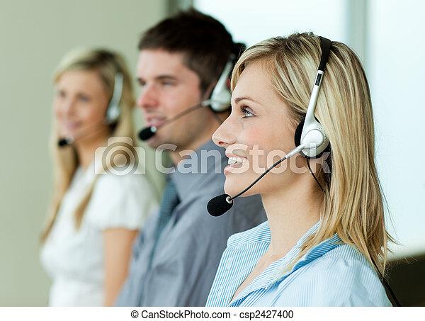 słuchawki, businesspeople, pracujący - csp2427400