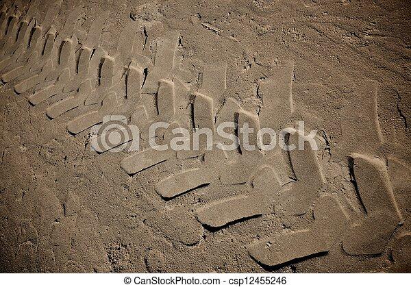 sabbia, pneumatico, contrassegni - csp12455246