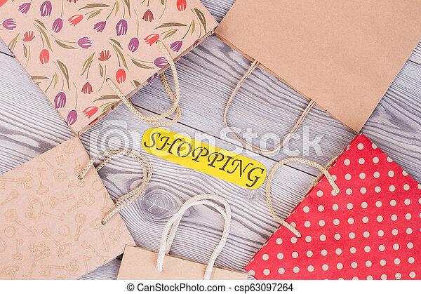 sacs papier, shopping., carte, inscription - csp63097264