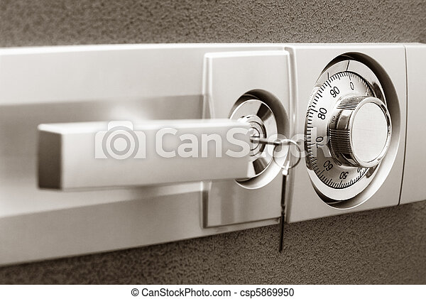 Safe with combination lock - csp5869950