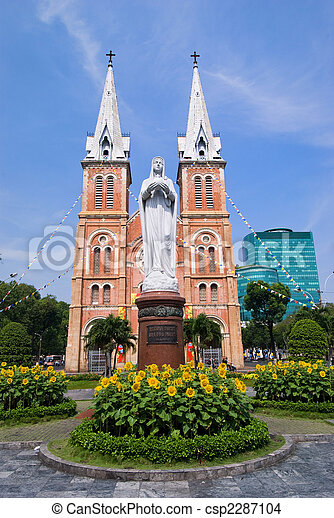 Santa Catedral, Saigón Vietnam - csp2287104