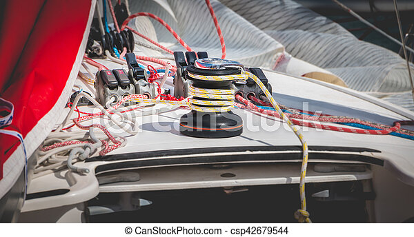 Sail boat winch with yellow rope - csp42679544