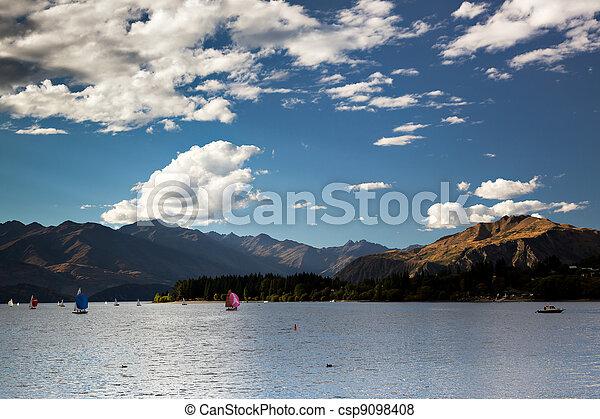 Sailing on Lake Wanaka - csp9098408