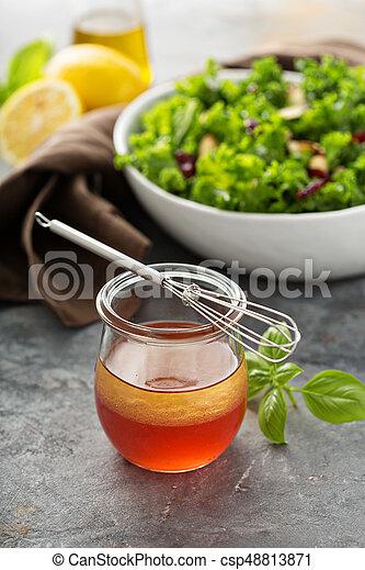 Sain Fait Maison Vinaigrette Salade Sain Wisk Pot Fait Maison Assaisonnement Petit Canstock