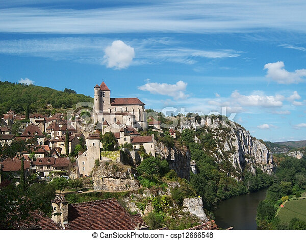 Saint-Cirq-Lapopie - csp12666548