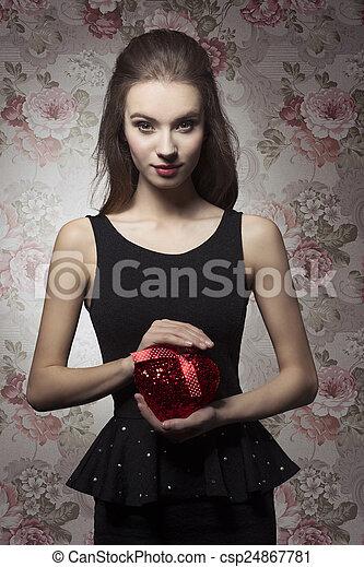 Saint valentin romantique valentines elle maquillage images rechercher photographies - Image saint valentin romantique ...