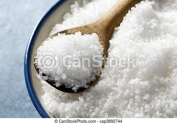 Escamas de sal marina - csp3892744