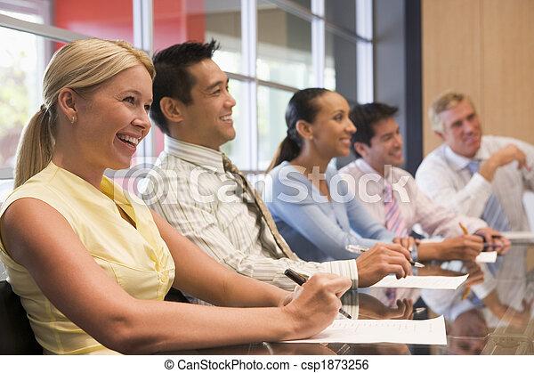 sala reuniões, tabela, sorrindo, cinco, businesspeople - csp1873256