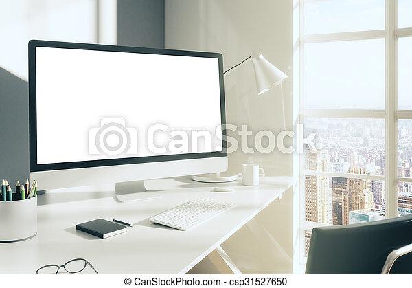 Salle ensoleillé haut ordinateur bureau agenda vide clavier