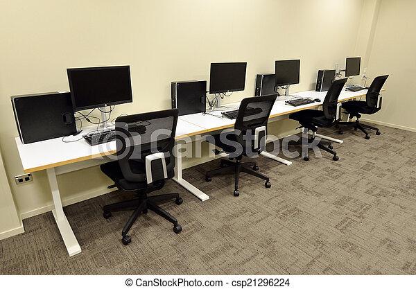 salle ordinateurs, laboratoire - csp21296224
