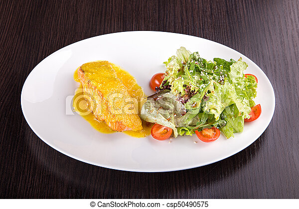 Salmon fillet with cheese - csp50490575