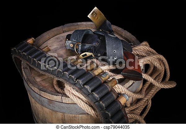 salvaje, gunbelt, viejo, cartuchos, arma de fuego, oeste - csp79044035