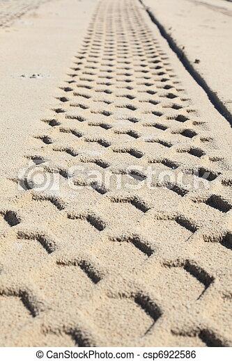 sand track - csp6922586