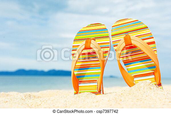 sandals, sandstrand, sandig, see küste - csp7397742