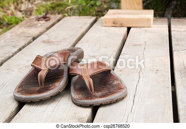 sandles, puits, porté - csp28768520