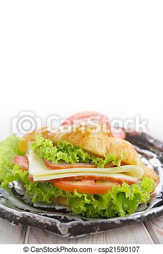 Sandwich croissant - csp21590107
