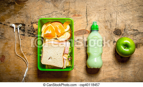 Sandwiches with ham and cheese - csp40118457