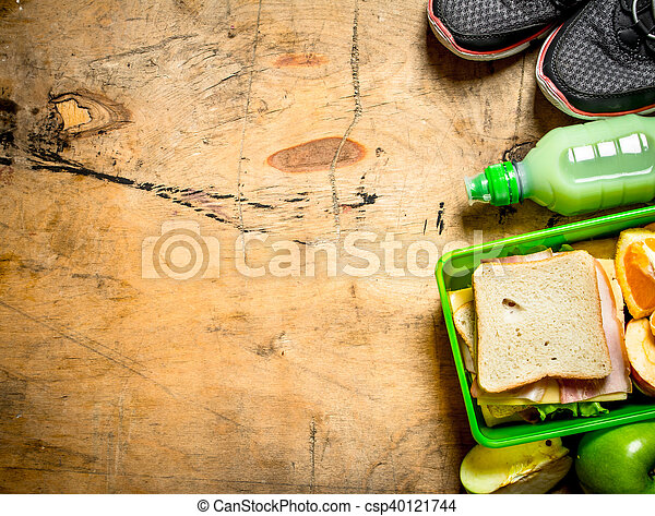 Sandwiches with ham and cheese - csp40121744