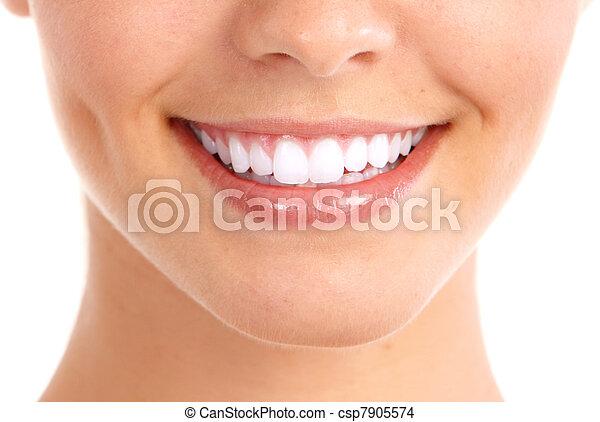 Sonrían y dientes sanos. - csp7905574
