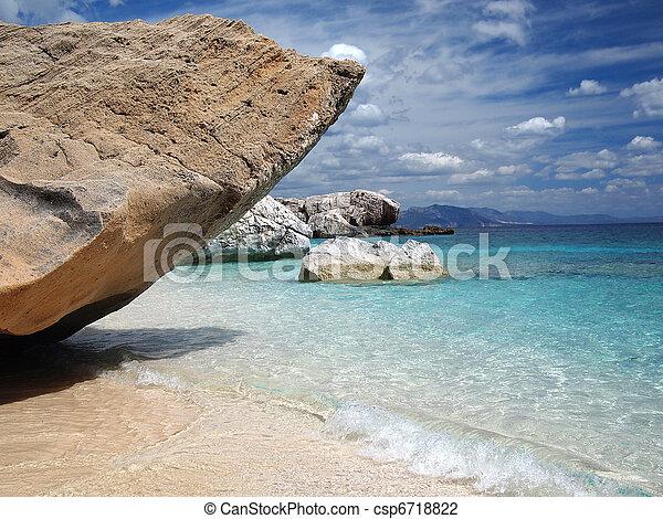 sardegna, spiaggia - csp6718822
