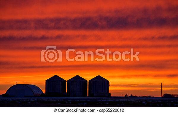 Saskatchewan Prairie Sunset - csp55220612