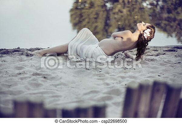 satisfeito, pelado, praia, metade, mulher - csp22698500