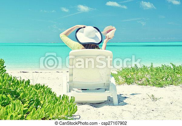 scène plage - csp27107902