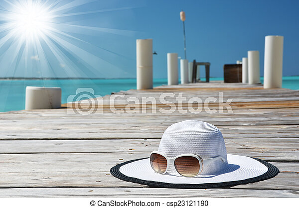 scène plage - csp23121190