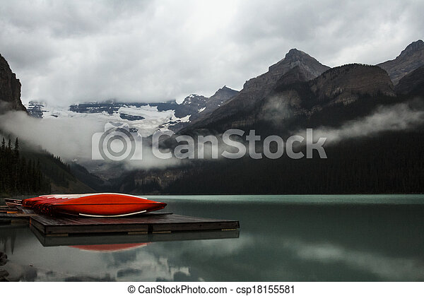 Scenic Lake Louise - csp18155581