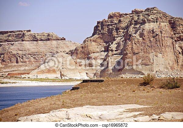 Scenic Lake Powell - csp16965872