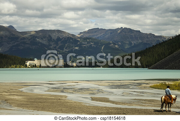 Scenic View of Lake Louise - csp18154618