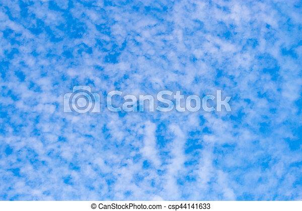 schöne , blaues, wolkenhimmel, himmelsgewölbe - csp44141633