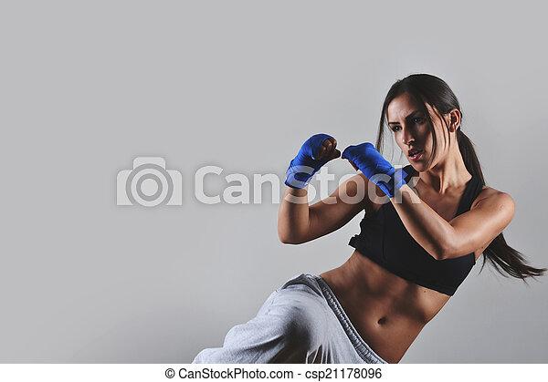 schöne frau, fitness - csp21178096