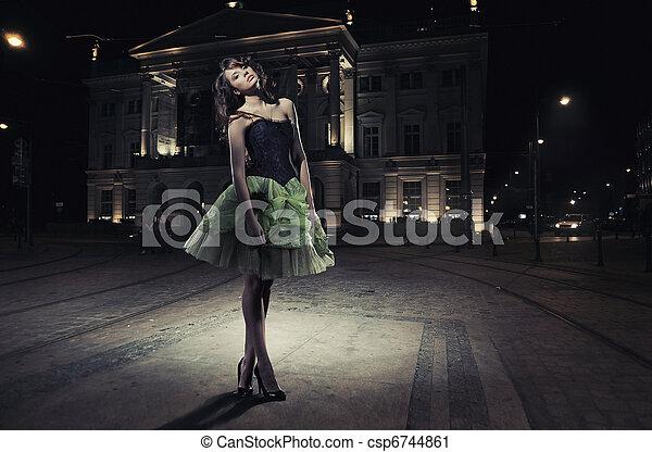 schöne , gebäude, frau, kunst, foto, front, geldstrafe - csp6744861