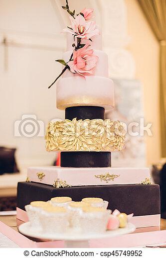 Schöne , Kuchen, Dekoriert, Blumen, Wedding   Csp45749952