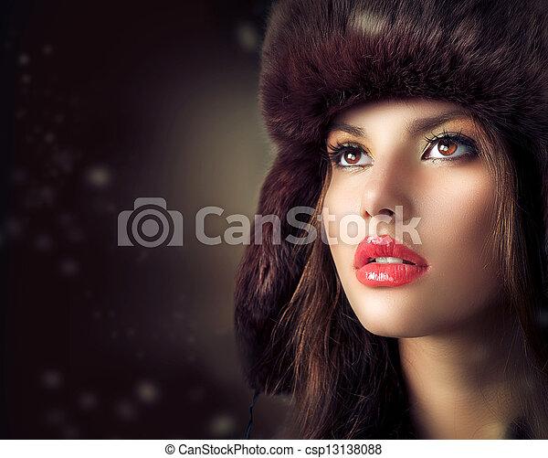 schöne , stil, frau, pelz, winter, junger, hat. - csp13138088