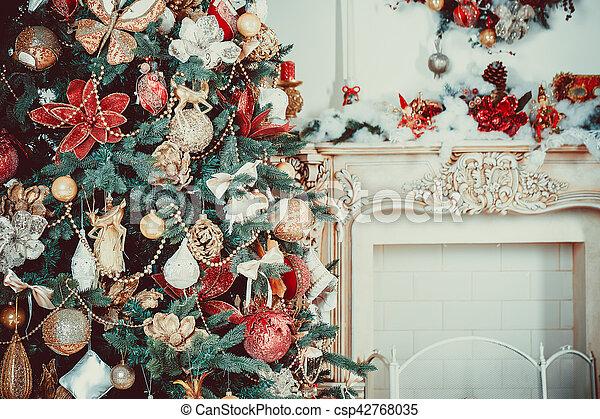 Schone Wohnzimmer Baum Dekoriert Weihnachten Stockfoto