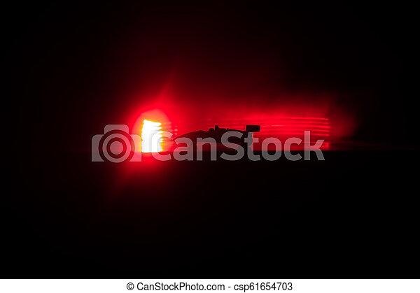 schatten, silhouette, lichter, auto- licht, dunkel, hintergrund., glühen, niedrig, sport, oder - csp61654703